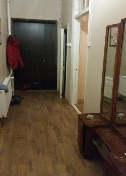 Комната в 3-х комнатной кв.